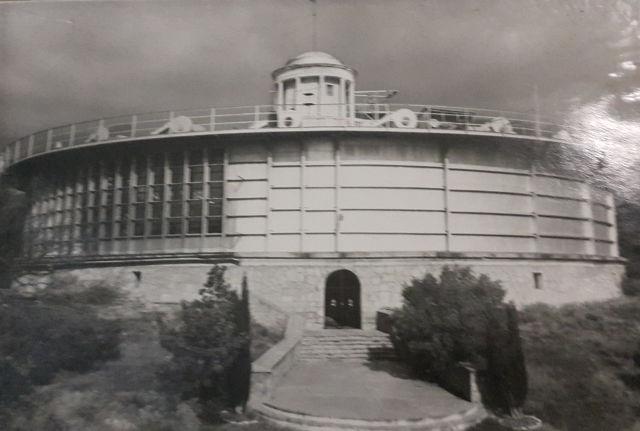 В этом бассейне поднимали ветер и «устраивали» девятибалльный шторм (фото из музея ЧГП РАН).