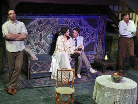 Со спектаклем «Яков Богомолов» театр поедет на фестиваль в Нижний Новгород.