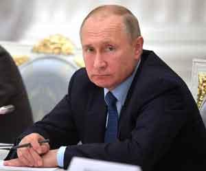 В. Путин видит в языке  не оружие, а «мягкую силу»