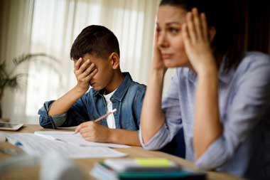 В семьях, наконец, осознали, как нелёгок труд учителя